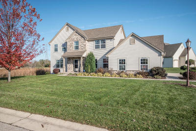 Muskego Single Family Home Active Contingent With Offer: S98w13504 Stonebridge Way