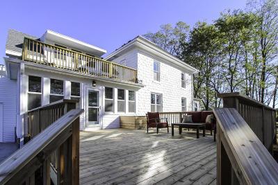 Single Family Home For Sale: 953 N Golden Lake Rd
