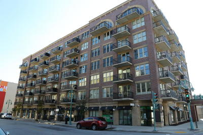 Milwaukee Condo/Townhouse For Sale: 102 N Water #302