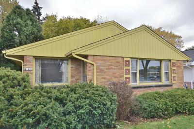 Wauwatosa Single Family Home For Sale: 11421 W Center St