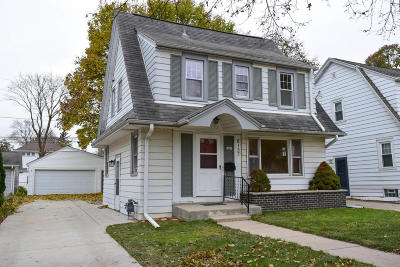 Wauwatosa Single Family Home For Sale: 8137 Gridley Ave