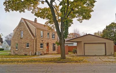West Allis Single Family Home Active Contingent With Offer: 1465 S 94th St
