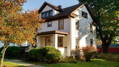 Single Family Home For Sale: 109 W Rockwell St
