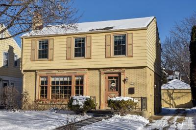 Milwaukee County Single Family Home For Sale: 2438 N 89th St