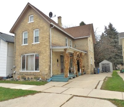 Watertown Single Family Home For Sale: 917 N 4th St