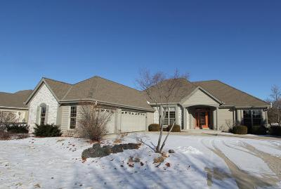 Mequon Single Family Home Active Contingent With Offer: 10518 N Burning Bush Ln