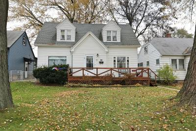 West Allis Single Family Home For Sale: 808 S 96th St
