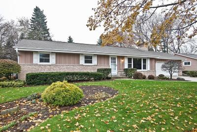 Cedarburg Single Family Home Active Contingent With Offer: N69w7075 Bridge Rd