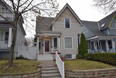Milwaukee Single Family Home Active Contingent With Offer: 3461 N Bartlett Ave