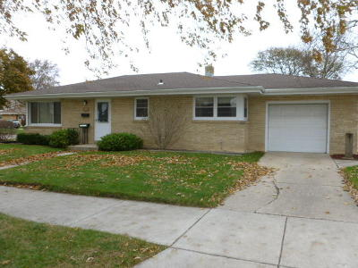 Racine County Single Family Home For Sale: 3815 Lasalle St