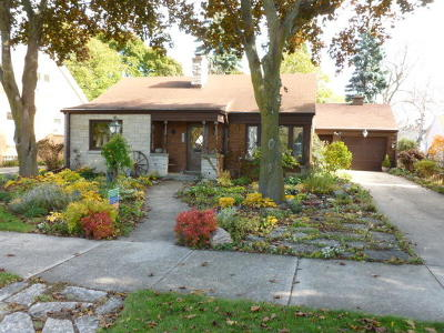 Racine County Single Family Home For Sale: 2811 Erie St