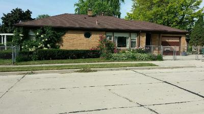 Racine County Single Family Home For Sale: 2624 W Crescent St