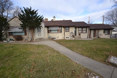 Milwaukee County Single Family Home For Sale: 5330 W Roosevelt Dr