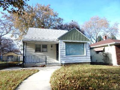 Milwaukee County Single Family Home For Sale: 3767 N 57th St