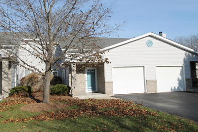 Franklin Condo/Townhouse For Sale: 6543 Parkwood Dr
