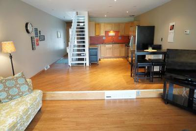 Milwaukee County Condo/Townhouse For Sale: 3333 5th Ave
