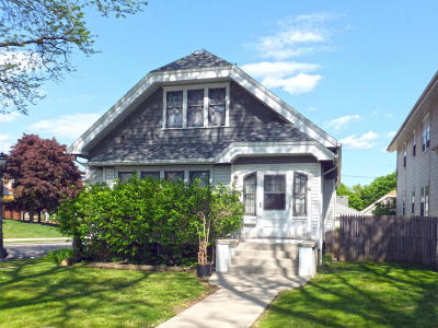 Milwaukee County Single Family Home For Sale: 2976 N 50th St