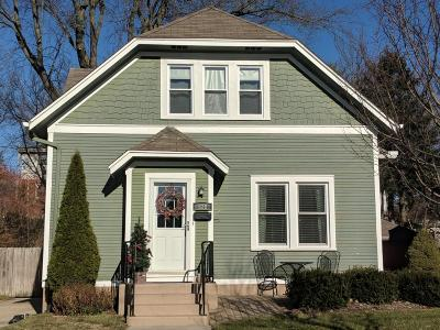West Bend Single Family Home Active Contingent With Offer: 928 Poplar St