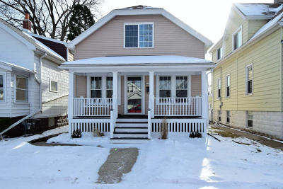 Milwaukee County Single Family Home For Sale: 3659 E Underwood Ave