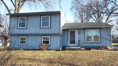 Palmyra Single Family Home For Sale: 156 Burr Oak St