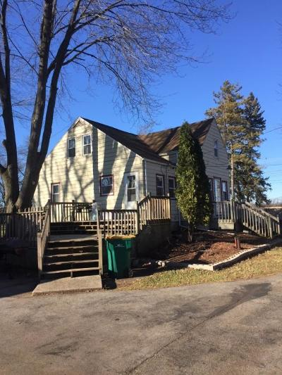 Germantown Single Family Home Active Contingent With Offer: N108w18051 Lilac Ln