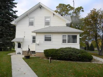 Kenosha Single Family Home For Sale: 9407 38th St
