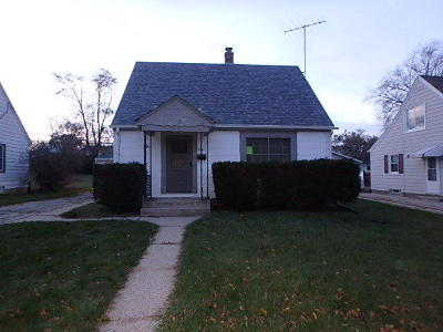 Single Family Home For Sale: 2841 S 91st St