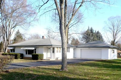 Brookfield Single Family Home Active Contingent With Offer: 4460 N 134th St