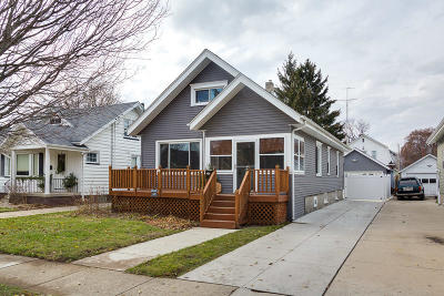 Kenosha Single Family Home Active Contingent With Offer: 7404 24th Ave