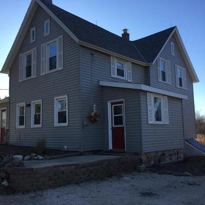 West Bend Single Family Home For Sale: 5917 County Road Y