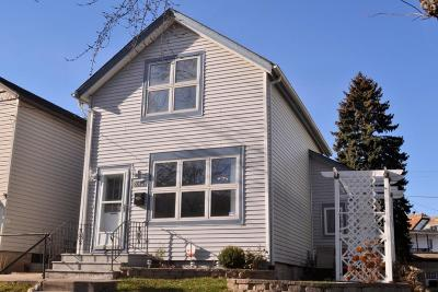 Milwaukee County Single Family Home For Sale: 2615 S Logan Ave