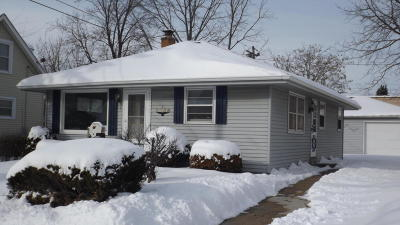 Racine County Single Family Home For Sale: 3208 21st St