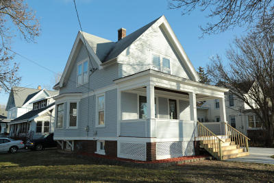 Watertown Single Family Home For Sale: 1000 Western Ave