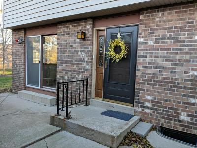 Elm Grove Condo/Townhouse Active Contingent With Offer: 1040 Pilgrim Pkwy