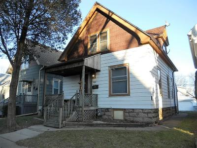 Milwaukee County Single Family Home For Sale: 2960 S Clement Ave