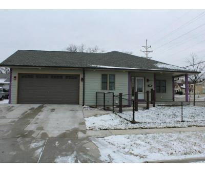 Milwaukee Single Family Home For Sale: 4229 W Howard Ave #4231
