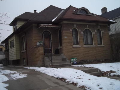 Milwaukee Single Family Home For Sale: 3007 N 60th St