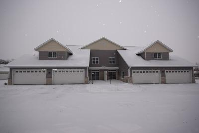 Jackson WI Condo/Townhouse For Sale: $196,900