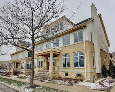 Milwaukee Condo/Townhouse Active Contingent With Offer: 1737 N Hubbard St