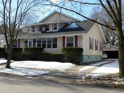 Single Family Home For Sale: 164 N Franklin St