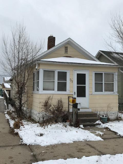 Single Family Home For Sale: 727 Caledonia St