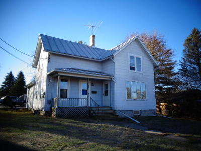 Mayville Single Family Home For Sale: 815 Horicon St