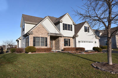 Muskego Single Family Home Active Contingent With Offer: S97w13350 Lloyd Mangrum Ct