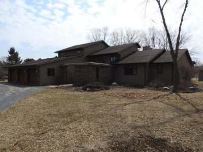 Pleasant Prairie Single Family Home For Sale: 8721 122nd St