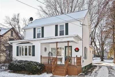 Mayville Single Family Home Active Contingent With Offer: 231 S Walnut St