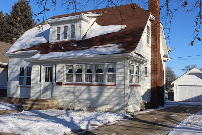 Single Family Home For Sale: 5419 36th Ave