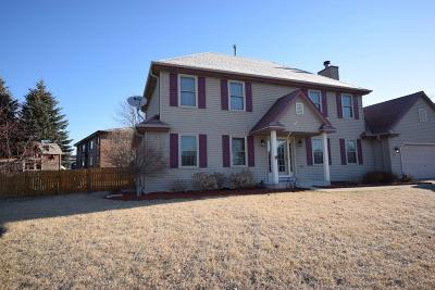 Jackson WI Single Family Home For Sale: $324,500