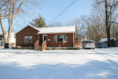 Mukwonago Single Family Home For Sale: 312 Spring St