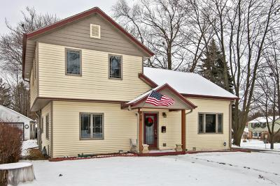 Waukesha Single Family Home Active Contingent With Offer: 215 S Greenfield Ave
