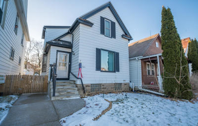 South Milwaukee Single Family Home Active Contingent With Offer: 1305 Michigan Ave